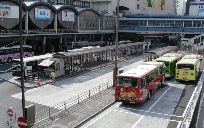 東急東横線渋谷駅かまぼこ屋根